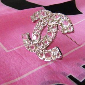 Chanel CC Logo Crystal pin